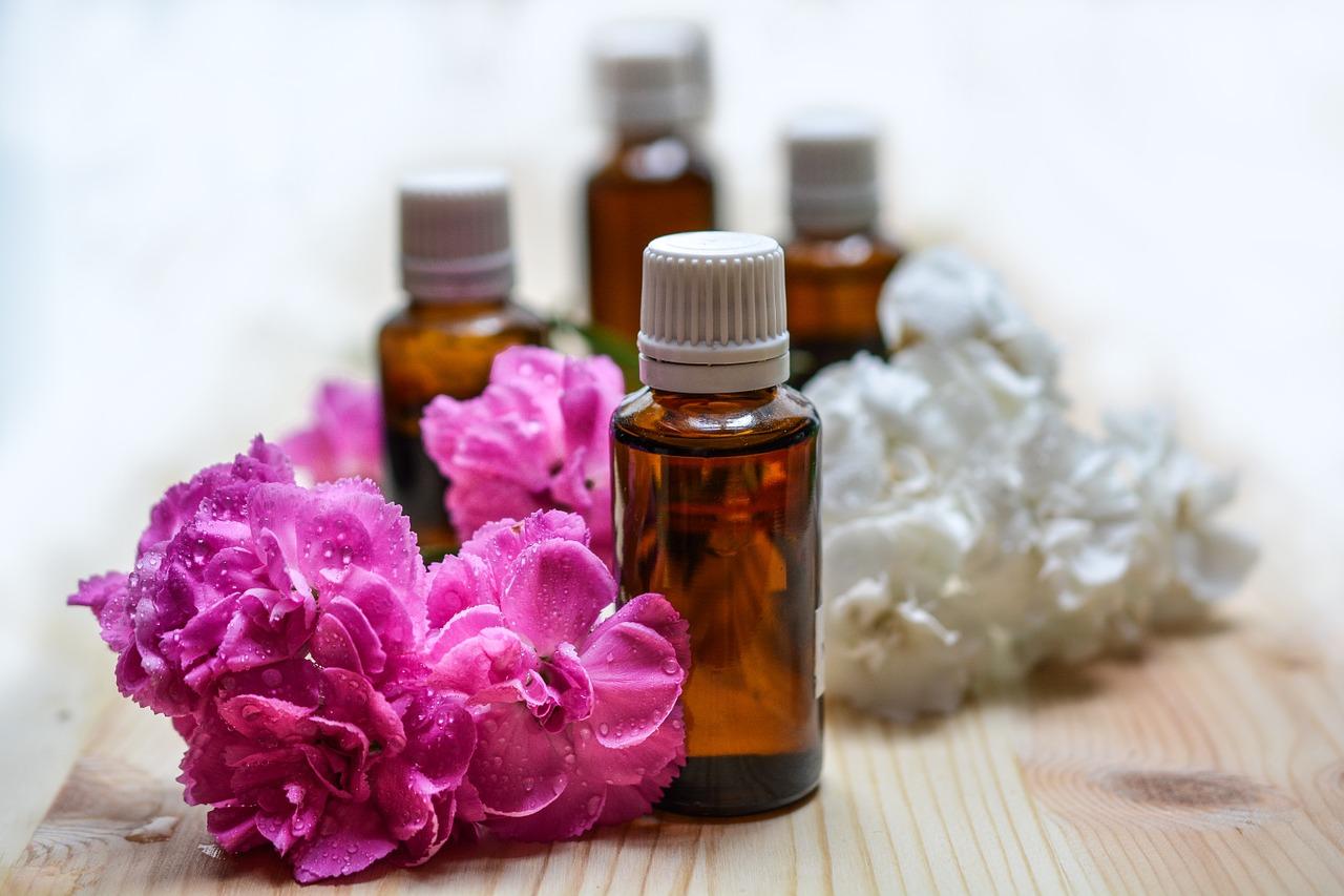 DIY Essential Oil Perfume Spray Recipes - OneWorldHerald com